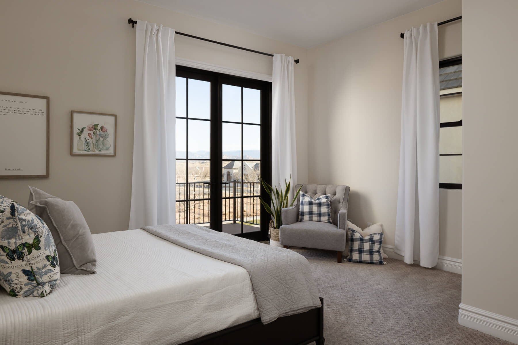 White Bedroom Design by St. George Home Builders